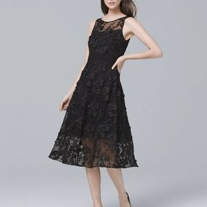 🌟WHBM • BLACK LACE FIT-AND-FLARE DRESS